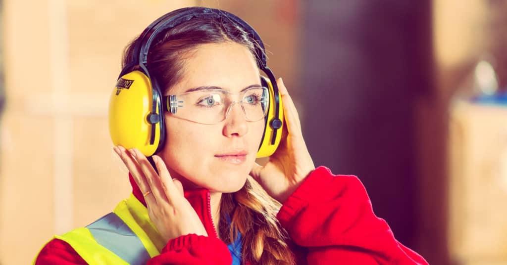 consejos de seguridad en el trabajo portada